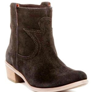 Lucky Brand Suede Western Booties EUC!